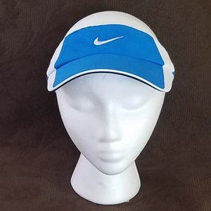 nike Accessories - NIKE FIT DRY BLUE/WHITE VISOR